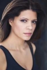 Andrea Navedo profil resmi