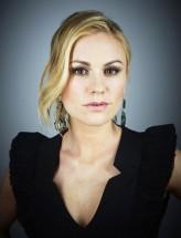 Anna Paquin profil resmi