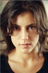 Anne Bedian profil resmi