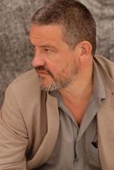 Arnaud Des Pallières profil resmi