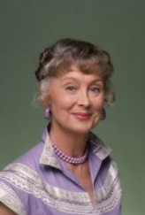 Betty Garrett profil resmi