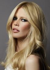 Claudia Schiffer profil resmi