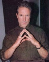 David Allen Brooks profil resmi