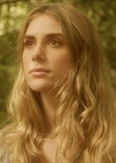 Elena Saurel profil resmi