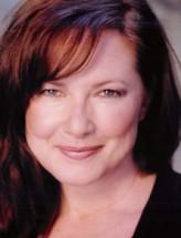 Elyssa Davalos profil resmi