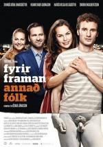 Fyrir framan annað fólk (2016) afişi