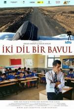 İki Dil Bir Bavul (2008) afişi