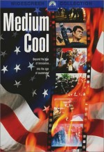 Medium Cool (1969) afişi