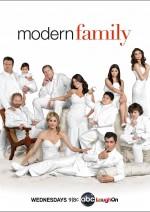 Modern Family Sezon 3 (2011) afişi
