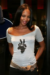 Naomi Campbell profil resmi