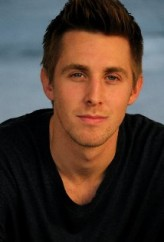 Ryan  Shoos