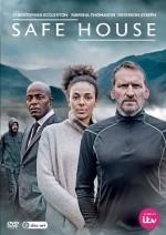 Safe House (2015) afişi