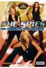 She Spies Sezon 1 (2002) afişi
