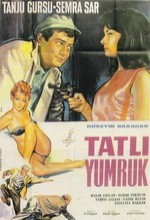 Tatlı Yumruk (1965) afişi