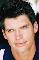 Tom Hughes profil resmi
