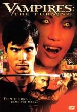 Vampires: The Turning (2005) afişi