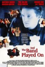 Ve Orkestra Çalmaya Devam Ediyor (1993) afişi