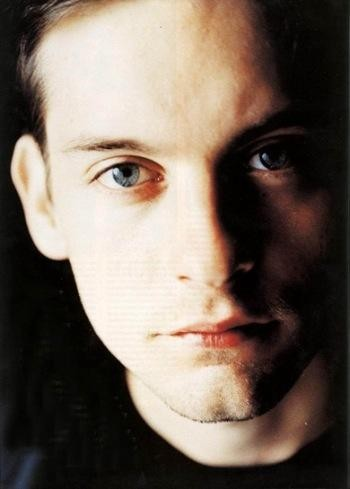Tobey Maguire 30 - Tobey Maguire