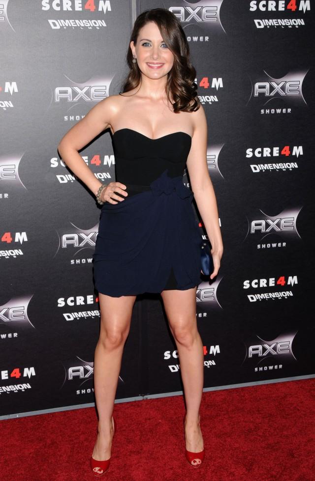 Alison Brie 22 - Alison Brie