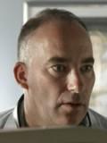 Charles McDougall profil resmi