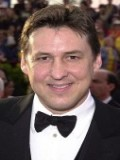 Ian Bryce profil resmi