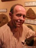 Ian Watson profil resmi