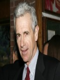 James Naughton profil resmi