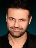 Khaled Hosseini profil resmi