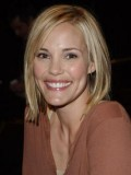 Leslie Bibb