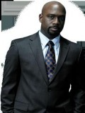 Richard T. Jones profil resmi