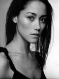 Sandrine Holt profil resmi