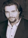 Steve Bacic profil resmi