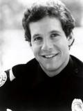 Steve Guttenberg profil resmi