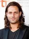 Adam Bousdoukos profil resmi