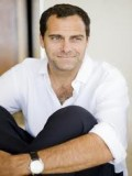 Andy Buckley profil resmi