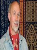 Brian Hayden profil resmi