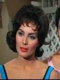 Charlene Holt profil resmi