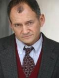 Charles Hoyes profil resmi