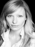 Hayley J Williams profil resmi