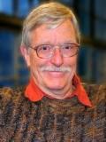 Hugh Wilson profil resmi