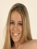 Nicole Brazzle profil resmi