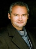 Sweeney Macarthur profil resmi