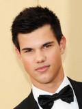 Taylor Lautner profil resmi