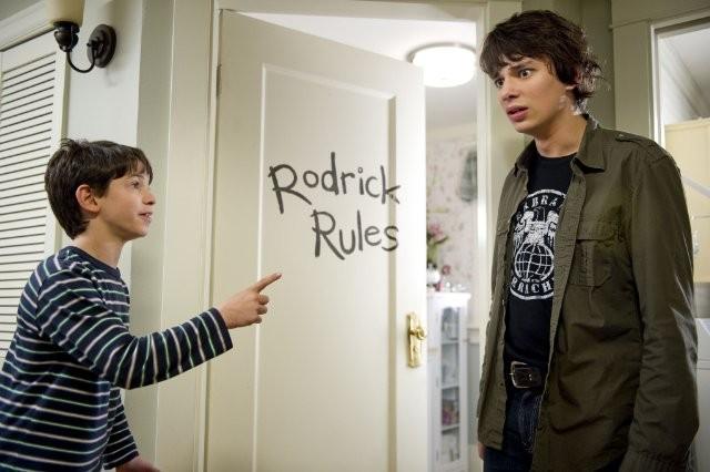 Diary of a Wimpy Kid 2 Rodrick Rules 0 - Saftirik Greg'in G�nl���: Rodrick Kurallar� (Diary Of A Wimpy Kid: Rodrick Rules)