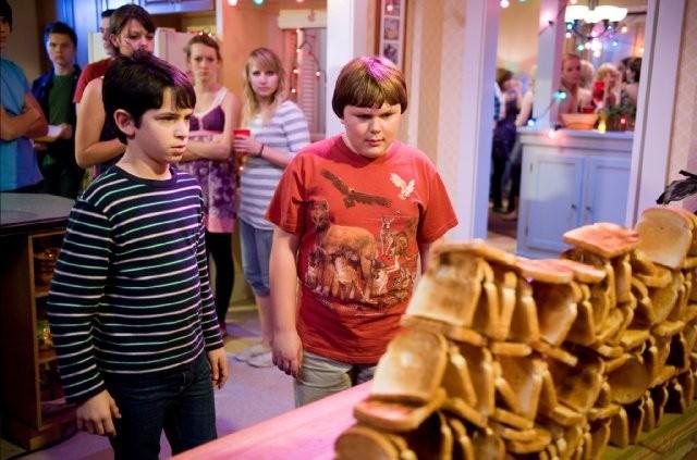 Diary of a Wimpy Kid 2 Rodrick Rules 2 - Saftirik Greg'in G�nl���: Rodrick Kurallar� (Diary Of A Wimpy Kid: Rodrick Rules)
