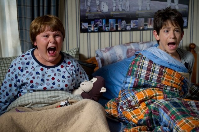 Diary of a Wimpy Kid 2 Rodrick Rules 3 - Saftirik Greg'in G�nl���: Rodrick Kurallar� (Diary Of A Wimpy Kid: Rodrick Rules)