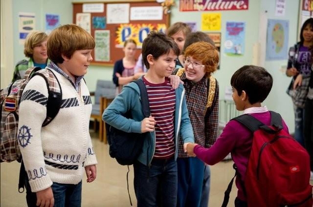 Diary of a Wimpy Kid 2 Rodrick Rules 4 - Saftirik Greg'in G�nl���: Rodrick Kurallar� (Diary Of A Wimpy Kid: Rodrick Rules)