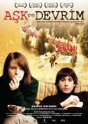 Aşk ve Devrim (2011) afişi