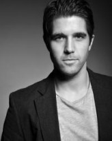 Adam Howden profil resmi