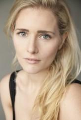 Amy De Bhrún profil resmi
